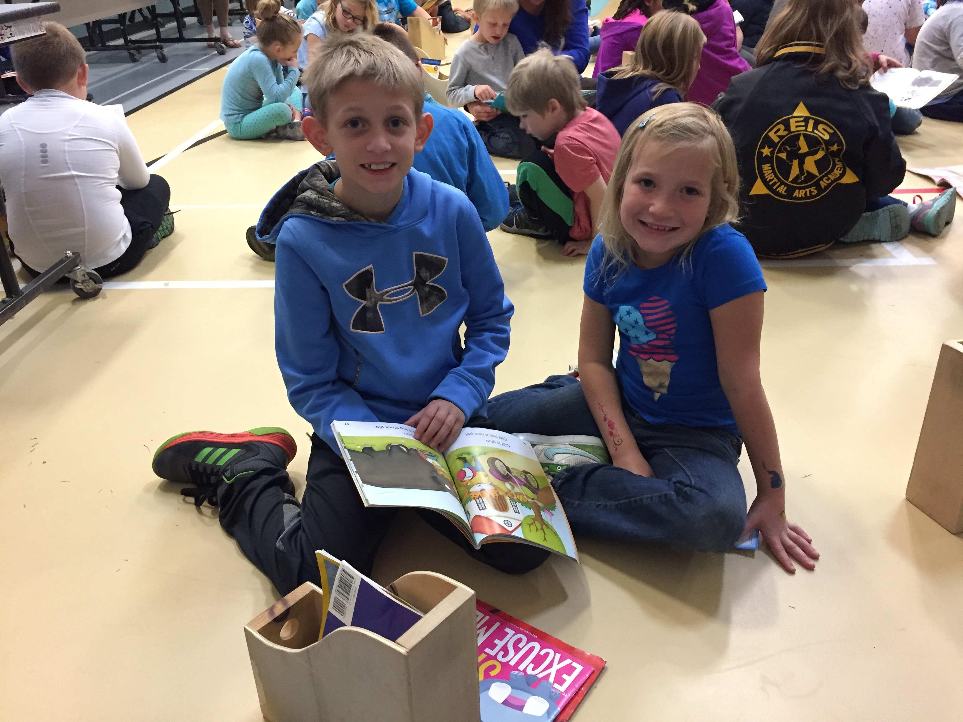 4th grade paired up with 1st grade to celebrate reading.