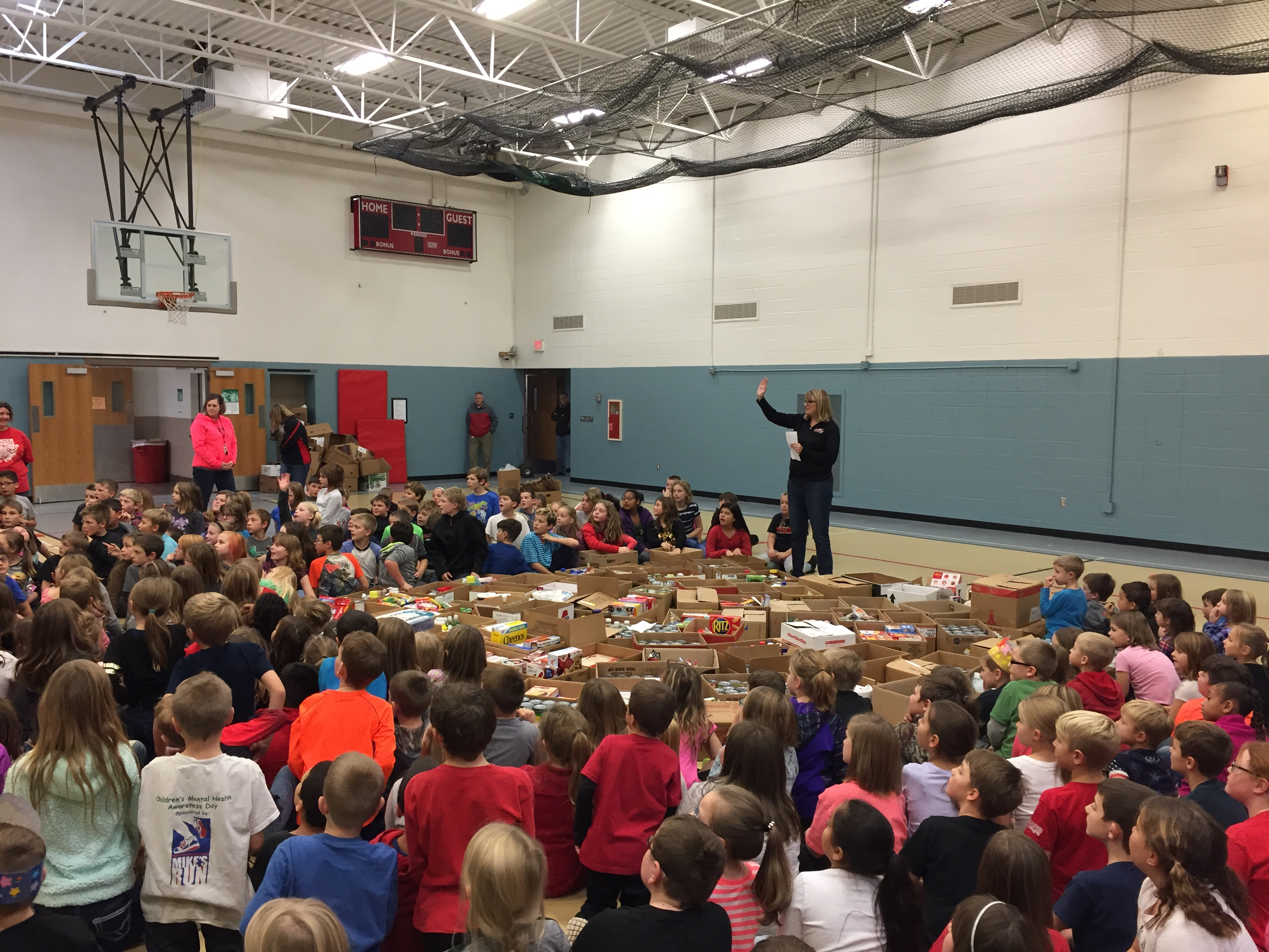 We collected 3,033 items for our local food drive! AWESOME work!!